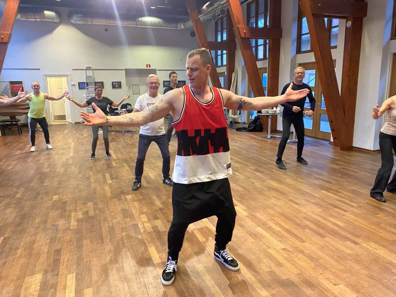 Casa Bailar Steffen Salsa