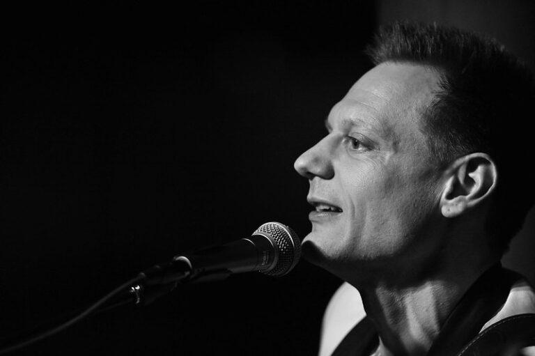 Casa Bailar Intimate concert with Tobias Trier